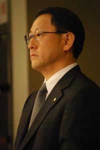 トヨタ社長。ワタクシの写真の腕はまだまだです……。