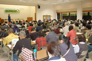 参加した告訴人たちから「さらなる責任追及」を求める意見が続出した=4月27日。(撮影/明石昇二郎)