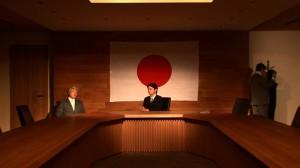 小泉元首相と安倍首相に扮したコント。(写真/製作委員会普及事務局)