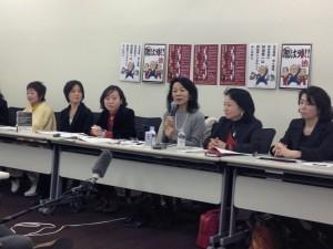 「女たちの会」の立ち上げ会見=2月6日、東京都内で。(撮影/片岡伸行)