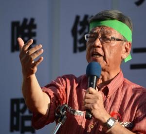 「イデオロギーではなく、アイデンティティ」を合い言葉に、辺野古移設反対を訴えた翁長雄志氏。(写真/横田一)